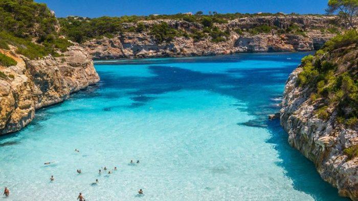 Испанская Пальма-де-Майорка официально упрощает название курорта