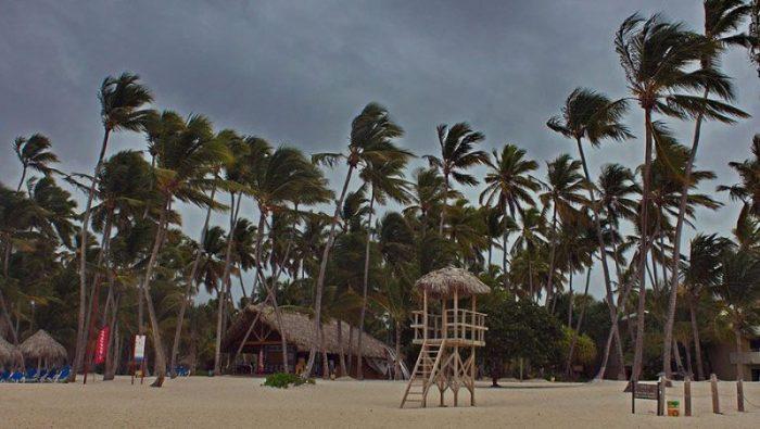 Курортные страны с наибольшим влиянием экстремальной погоды