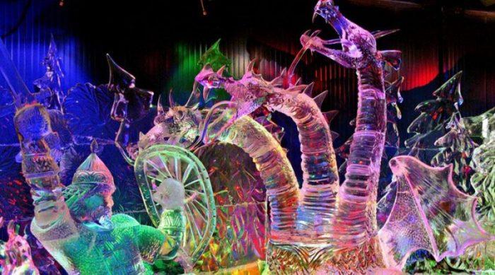 Ледовые скульптуры на фестивале Московской площади в СПб