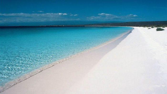 На пляжах Доминиканы можно побывать виртуально