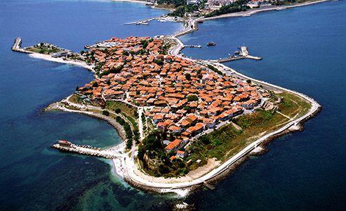 Несебр – древний город на небольшом полуострове