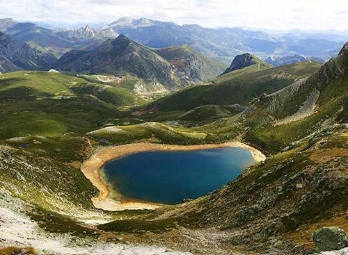 Природная красота в национальном парке Пикос-де-Эуропа
