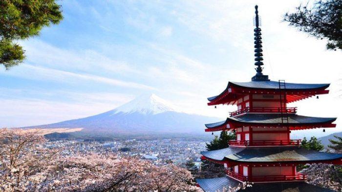 Туристам из России будут выдавать многократные визы для посещения Японии