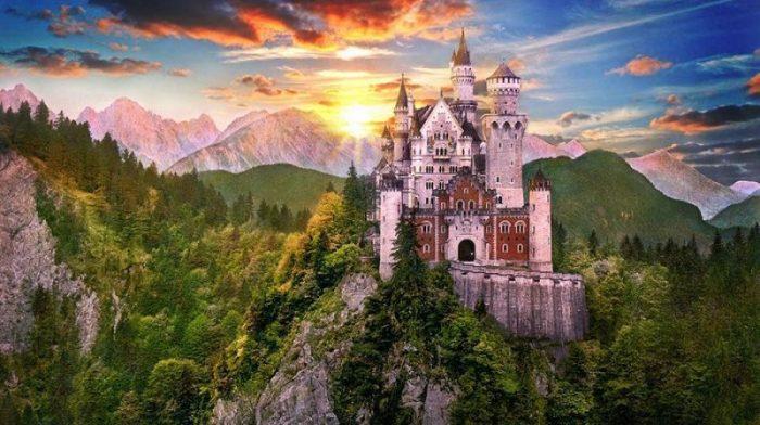 Красивые замки: восемь крепостей, которые стоит посетить (фотография главного замка)