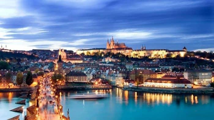 Наиболее посещаемые достопримечательность Праги в 2016 году