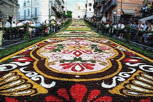 Infiorata Fest - итальянское мероприятие красочных цветов