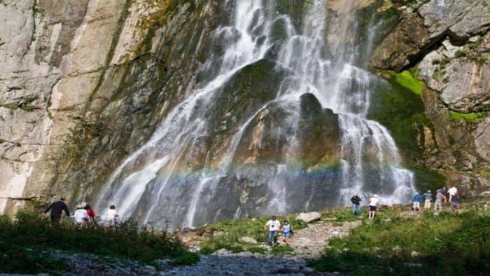 Туристы из России смогут приобрести единый билет в Абхазию