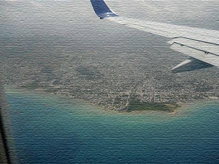 Виды из самолета на Гаити