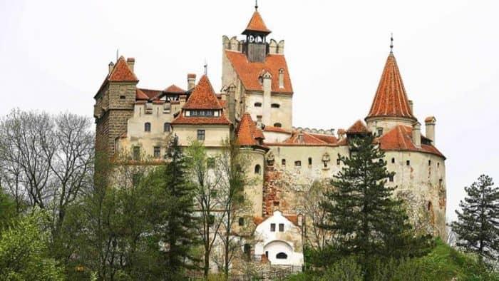 Ограбление в замке Влада Цепеша - посягательство на прибыль Дракулы