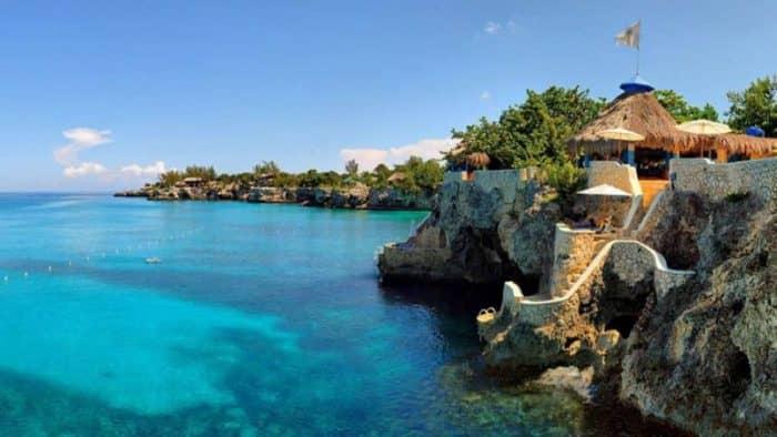 Миллион туристов за шесть месяцев - развитие туризма на Ямайке
