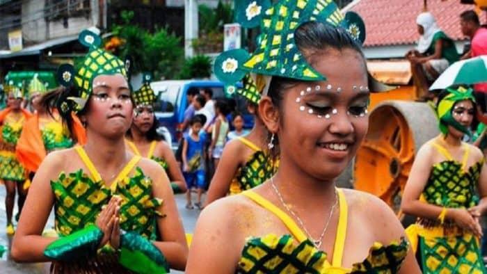 В Таиланде проходит традиционный Фестиваль ананаса