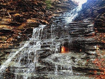 Водопад вечного огня