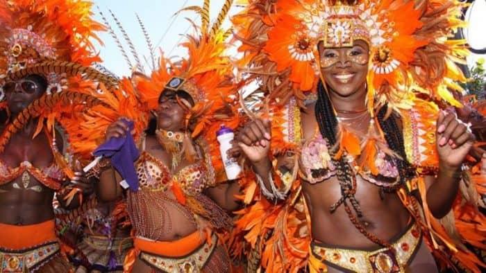 Летний фестиваль танца Junkanoo 2017 - какое празднование ожидает Багамы