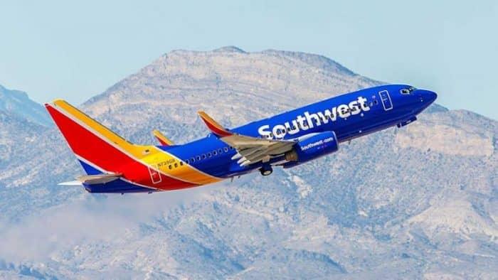 Outhwest Airlines прекращает два маршрута на Кубу из-за низкого спроса