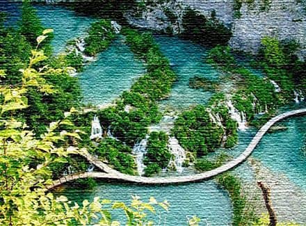 Прогуляйтесь по Плитвицким озерам в Хорватии