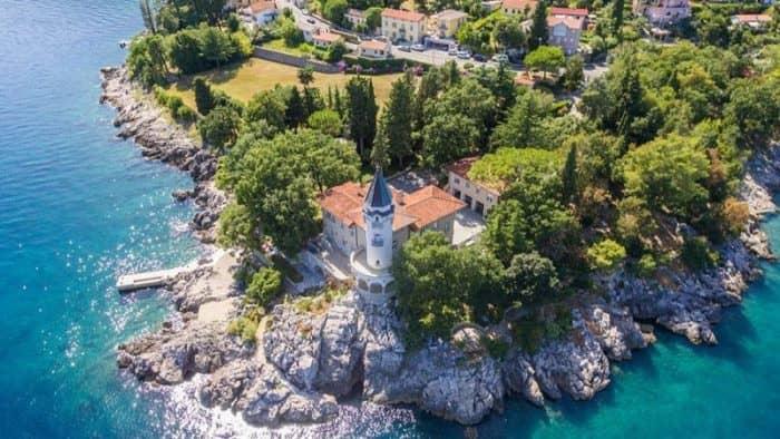 Хорватская компания «Агрокор» продает виллу на побережье за 7 млн евро