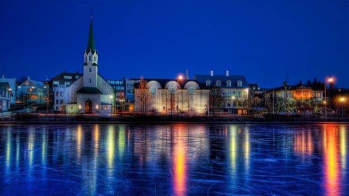 Исландия находится в топе списка самых дорогих в Airbnb