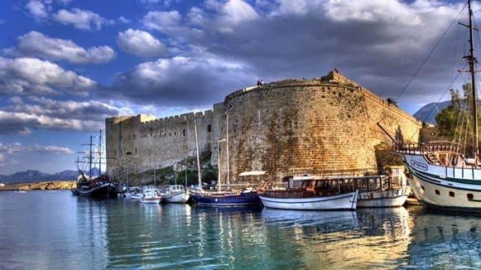 Мальта и Кипр лидируют по приросту туристов в еврозоне
