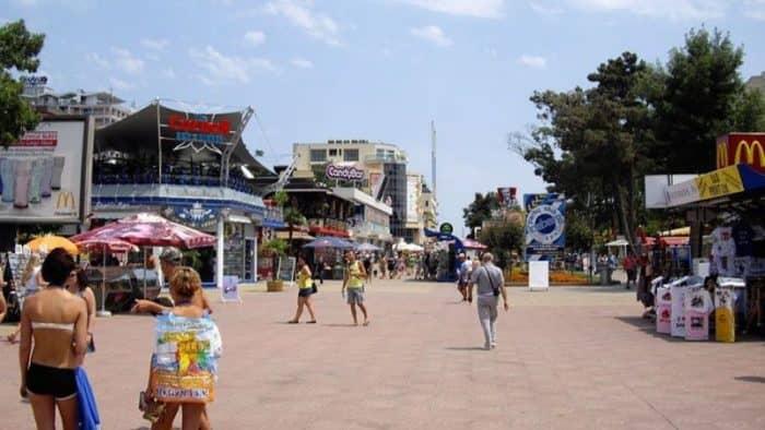 Очередные рейды на заведения Солнечного берега и Министерство туризма
