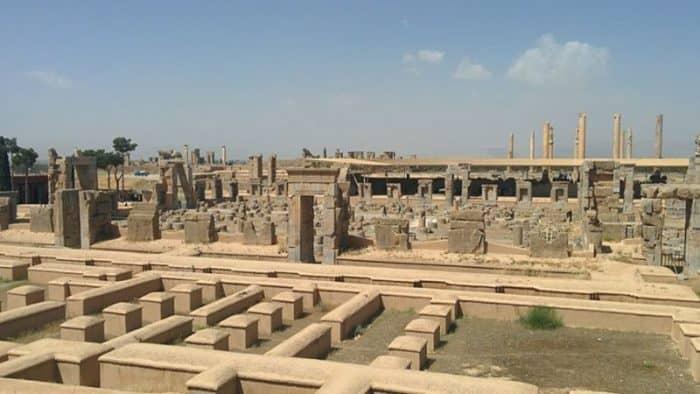 Под открытым небом организован новый музей в Персеполисе, Иран