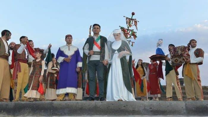 В музее-заповеднике «Звартноц» прошла традиционная армянская свадебная церемония