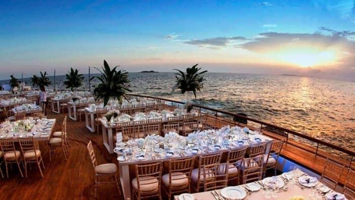 Греческий курорт назван лучшим свадебным направлением в Европе