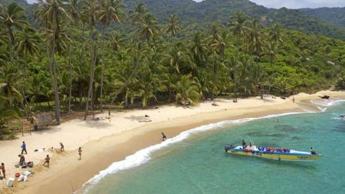 Пляжи в Колумбии смогут получить «Голубой флаг»
