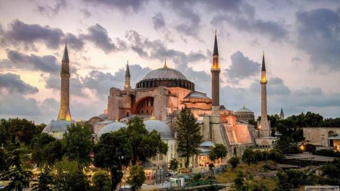 За 10 месяцев 2017 года Турция встретила 29 миллионов туристов