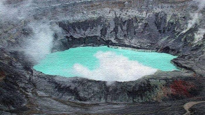 8 озёр, купание в которых опасно для жизни (фото)