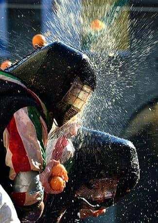 Ивреа, Италия (фото)