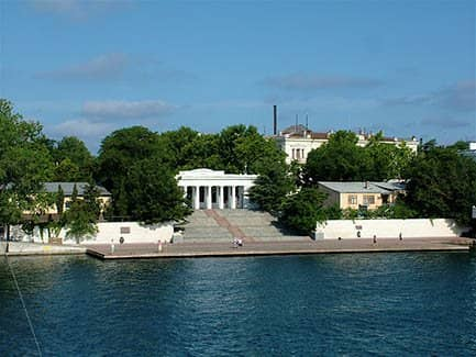 Графская пристань в Севастополе (фото)