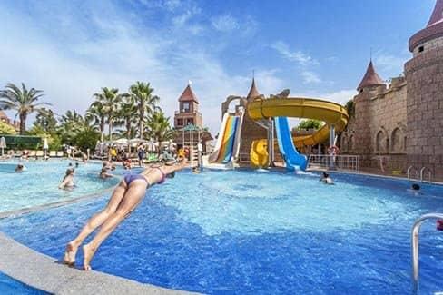 Отдых и развлечения в курортном городе Белек (фото)
