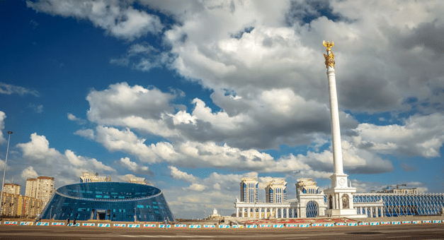 Монумент Казак Ели