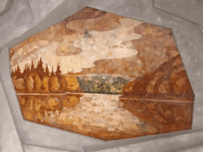 Мозайка из камня