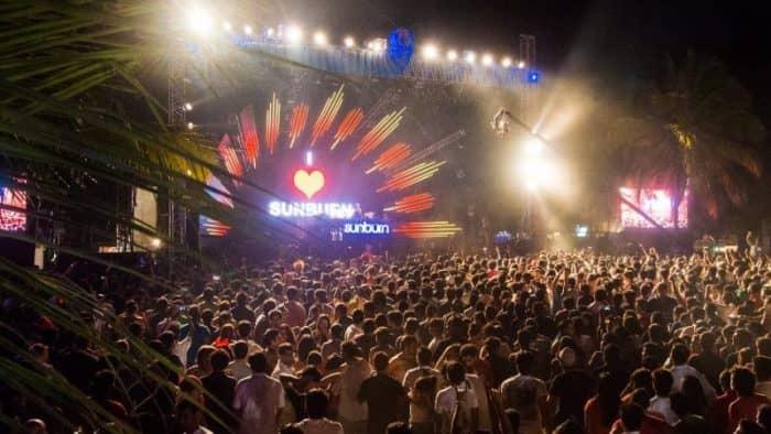 Музыкальный фестиваль Sunburn