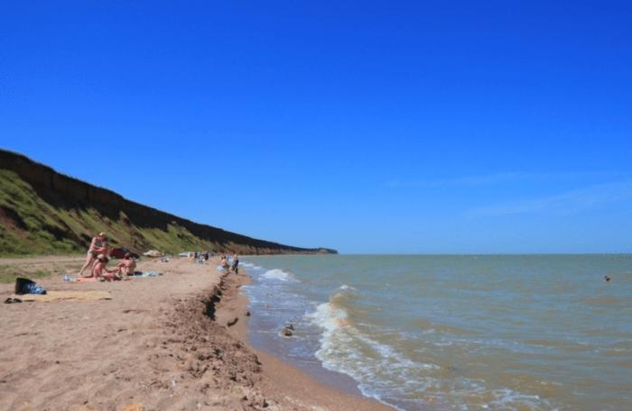 Отдых в Ейске на берегу Азовского моря
