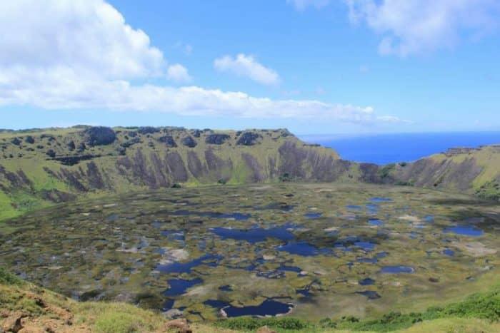 вулкан Рано-Као