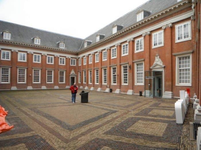 Амстердамский музей