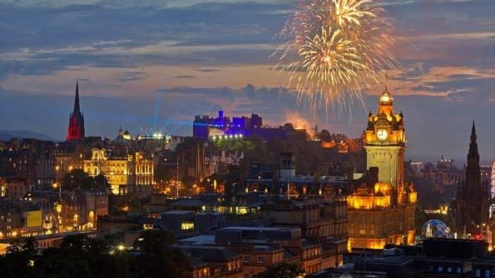 Эдинбург ночью