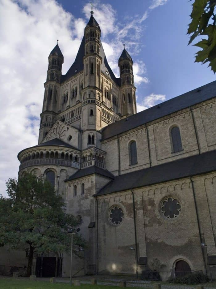 Католическая церковь Большой Святой Мартин
