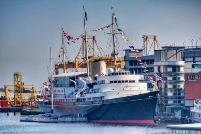 Королевская яхта