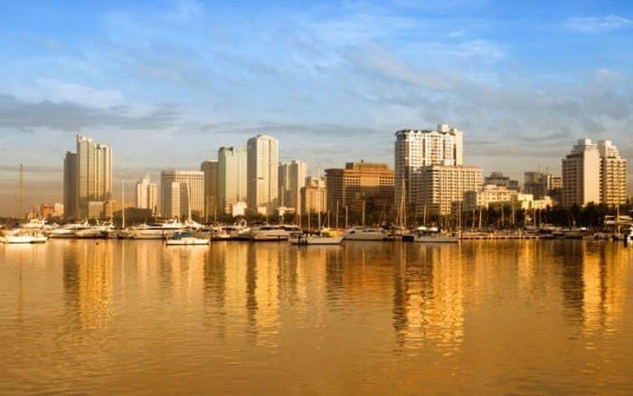 Курортный город Манила