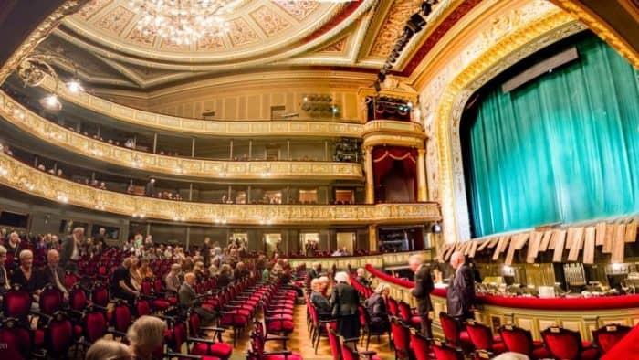 Латвийская опера