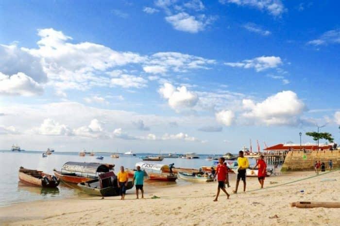 Пляж в Стоун Таун