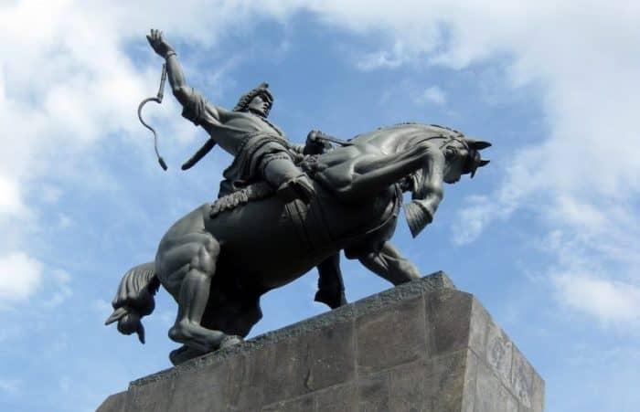 Скульптура Салавата Юлаева