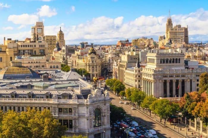 Улица_Гран_Виа,_Мадрид