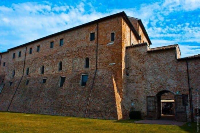 Замок Малатеста