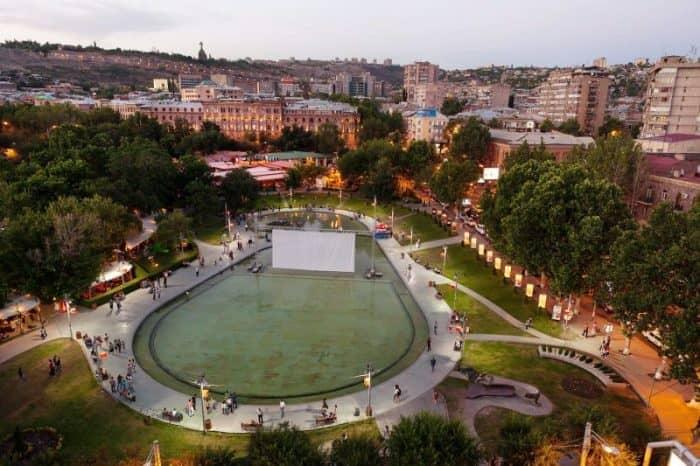 Ереван2