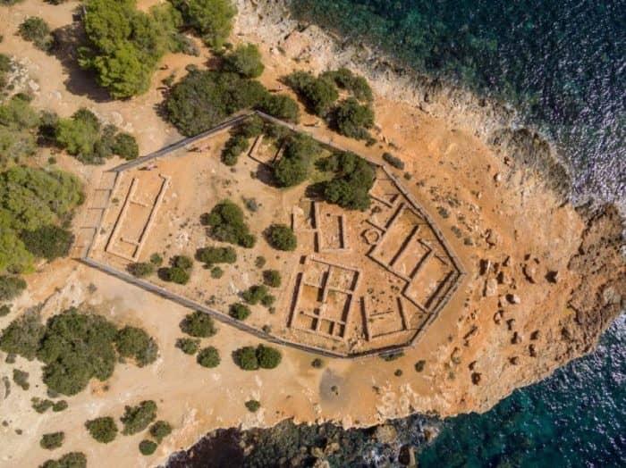 финикийские руины Са Калета