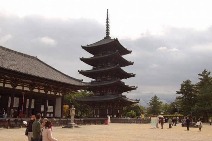 Храм Кофукудзи